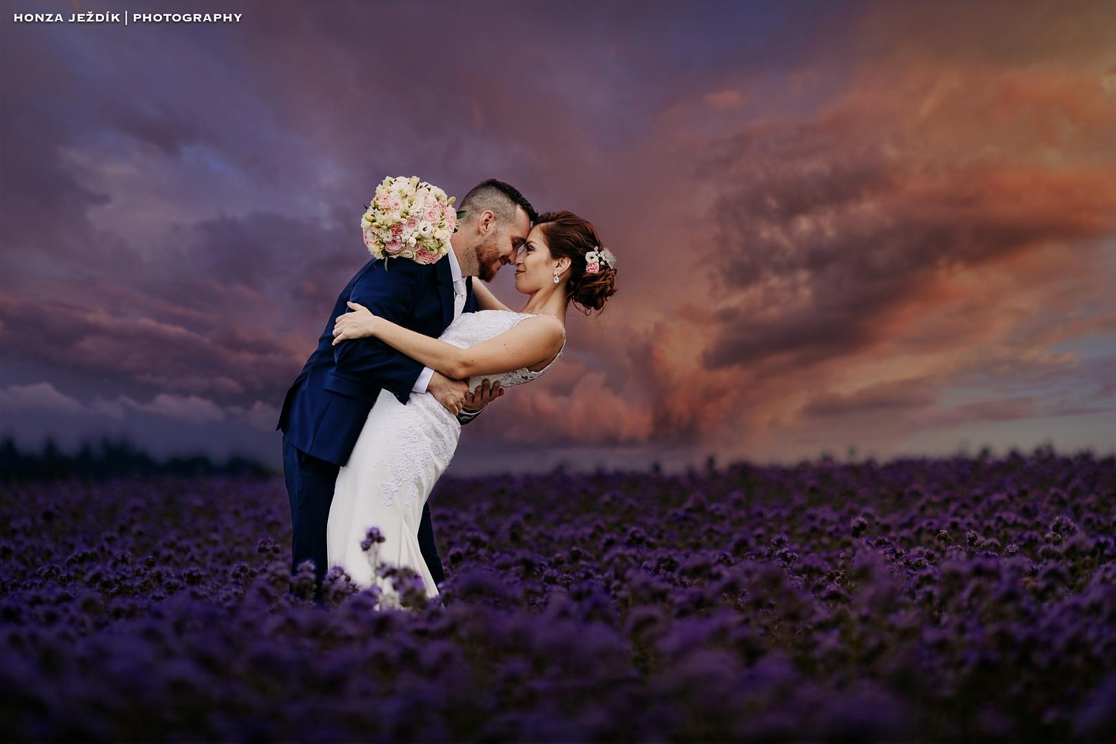 Zamyšlení profesionálního svatebního fotografa